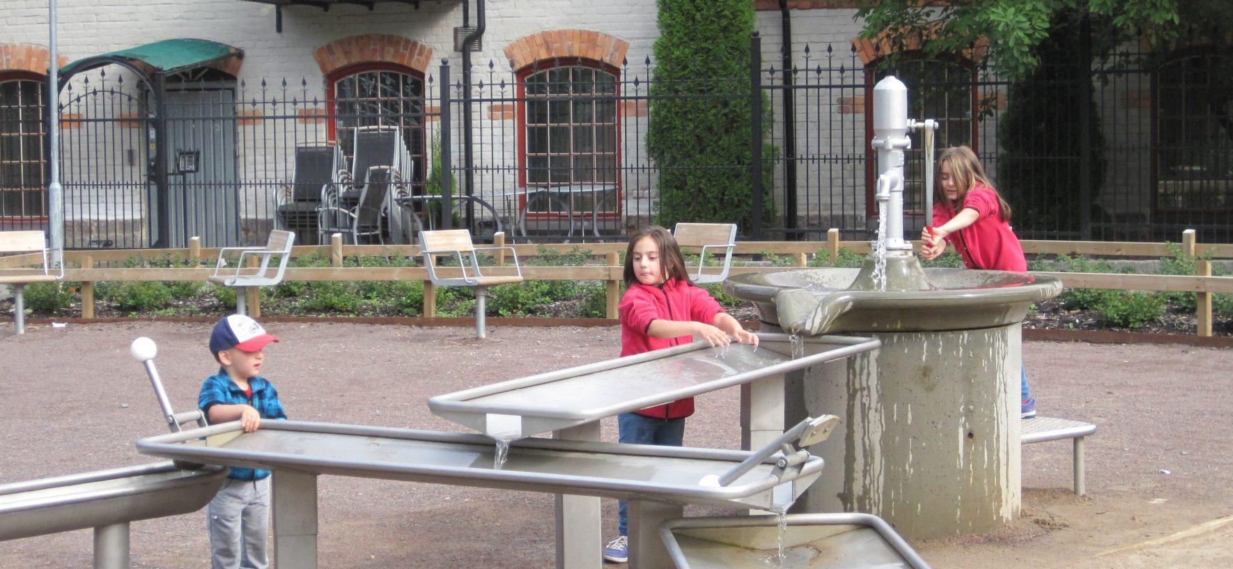 Vattenlek i Strömparken!