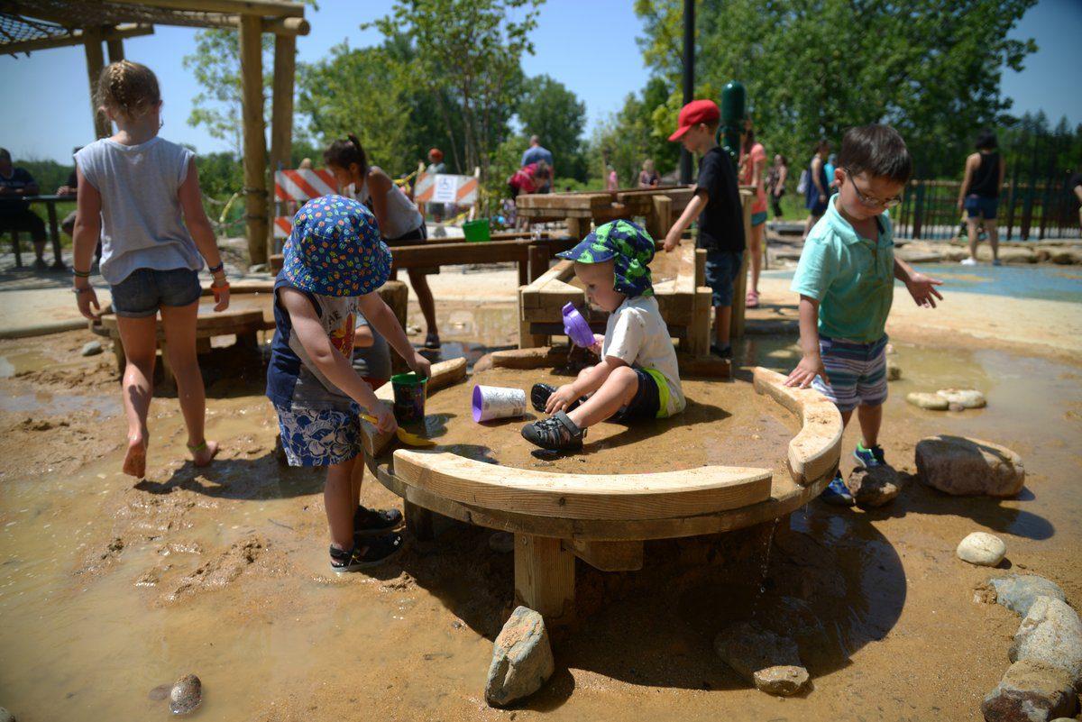 Bison's Bluff Nature Playground, Spring Valley, USA